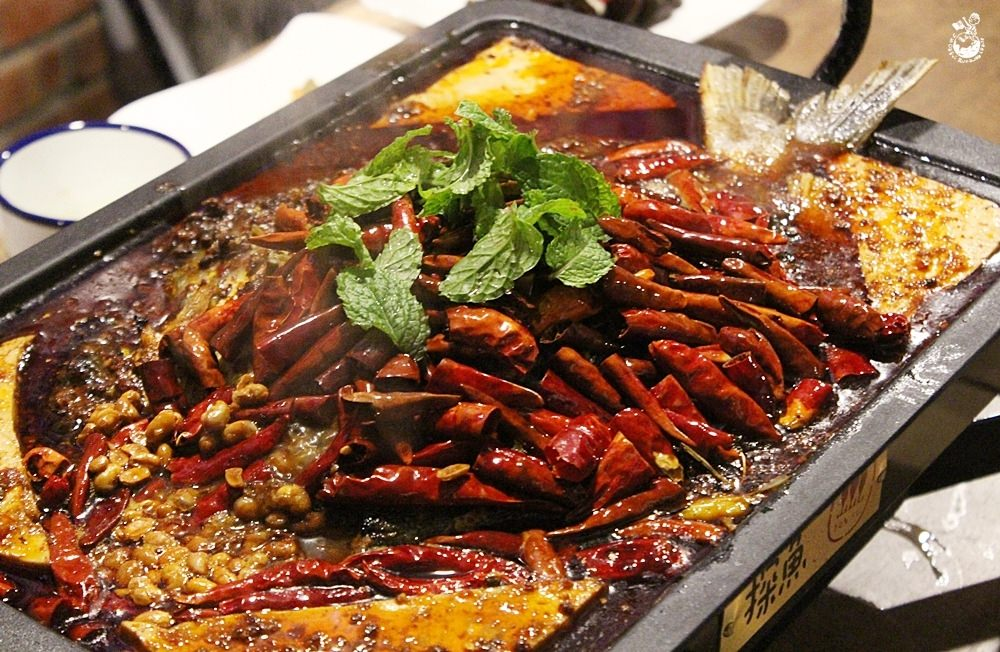 台中川菜︳探魚,中國人氣烤魚店在公益路火辣登場