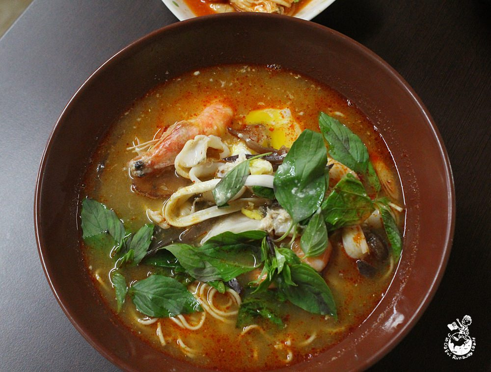 高雄美食︳中泰傳統陽春麵-中泰融合的平價傳統麵店