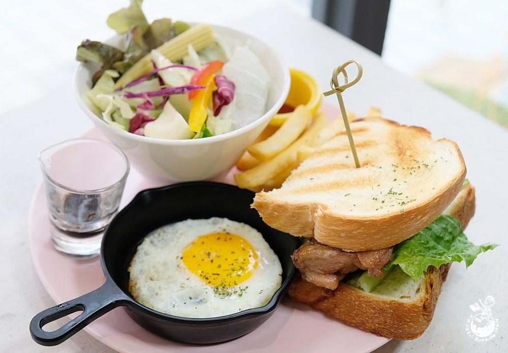 秋刀鬪肥牛 台中早午餐