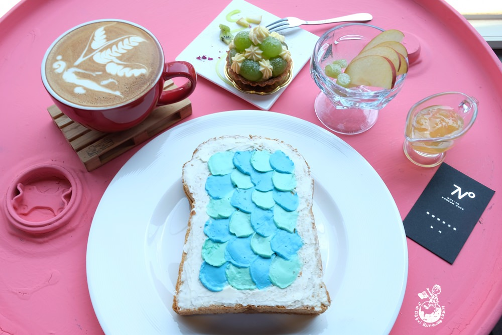 高雄咖啡︳Nol-Ja Korean cafe韓式咖啡空間-新崛江商圈也有韓國咖啡店,ig打卡美食油畫吐司每日限量供應!
