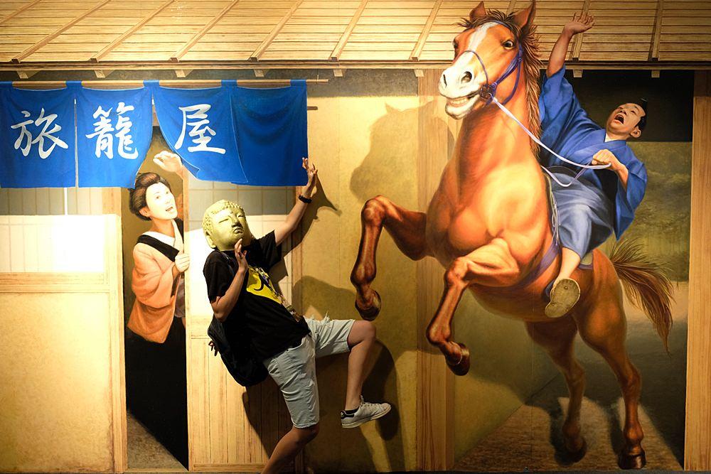 台中展覽︳AR 超有視!日本幻視藝術世界巡迴展-暑假最KUSO的展覽,快約好友融入4D畫作鬧一波!