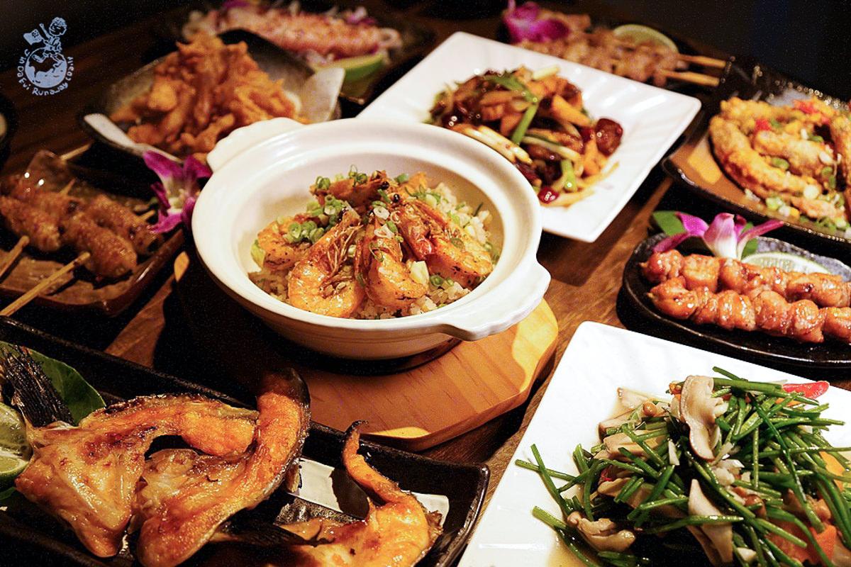 台中居酒屋︳食八津居酒屋-東海商圈附近的貨櫃居酒屋,川味料理必點!