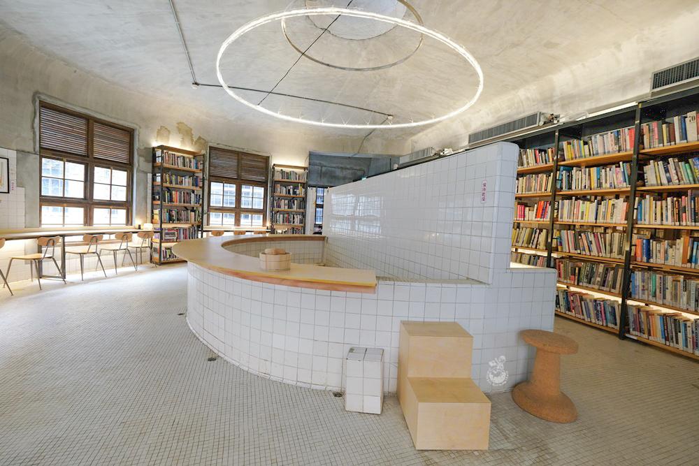 【台北景點】不只是圖書館:昔日的日式澡堂搖身一變成閱讀空間