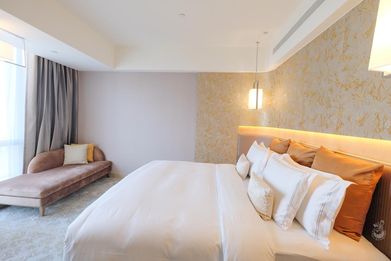 板橋凱撒大飯店︳板橋飯店推薦,超美高空無邊際泳池!近板橋車站