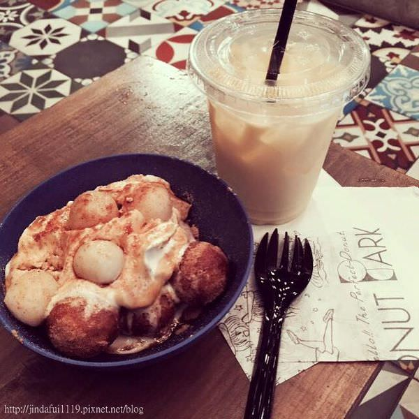 沖繩美食︳Ball Donut Park ,藏匿在國際通的可愛下午茶甜點店