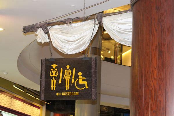 【曼谷。逛】Terminal 21 (廁所觀光篇)