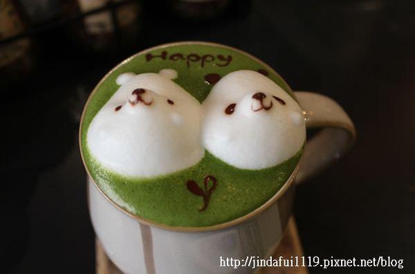 【高雄。食】 Parlare Coffee // 超可愛熊熊堆花咖啡